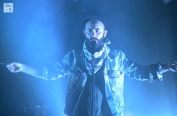 Woodkid, The Asteroids Galaxy Tour and Friendly Fires live