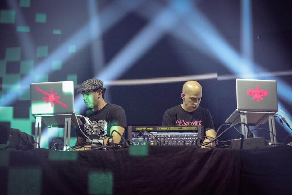 Metro-Area-Doron-Nadav-Electronic-Beats