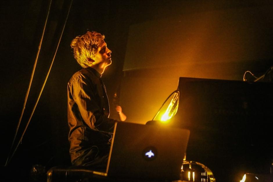 ÓLAFUR-ARNALDS-Electronic-Beats-Lukasz-Jaszak