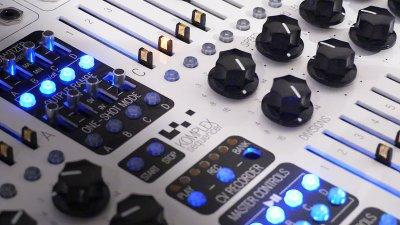 KomaElektronik_Slices_ElectronicBeats_1240