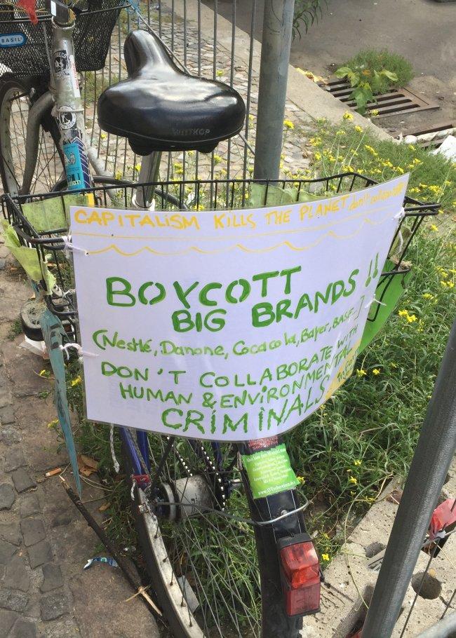 3-Boycott