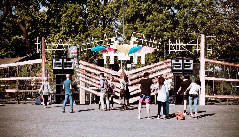 ClubFashion_Vienna_WarumDennNicht_01_ElectronicBeats