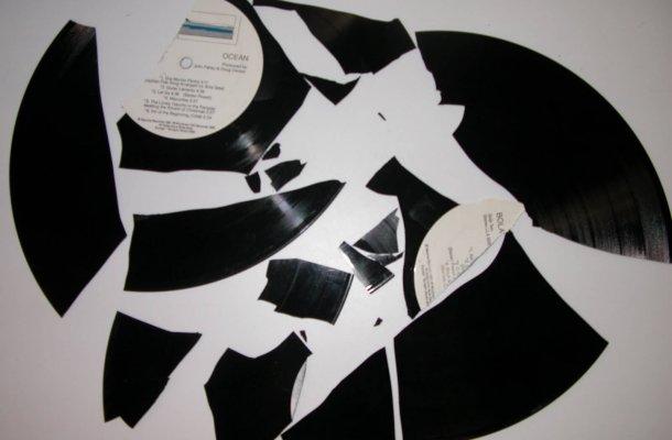 broken-record-003