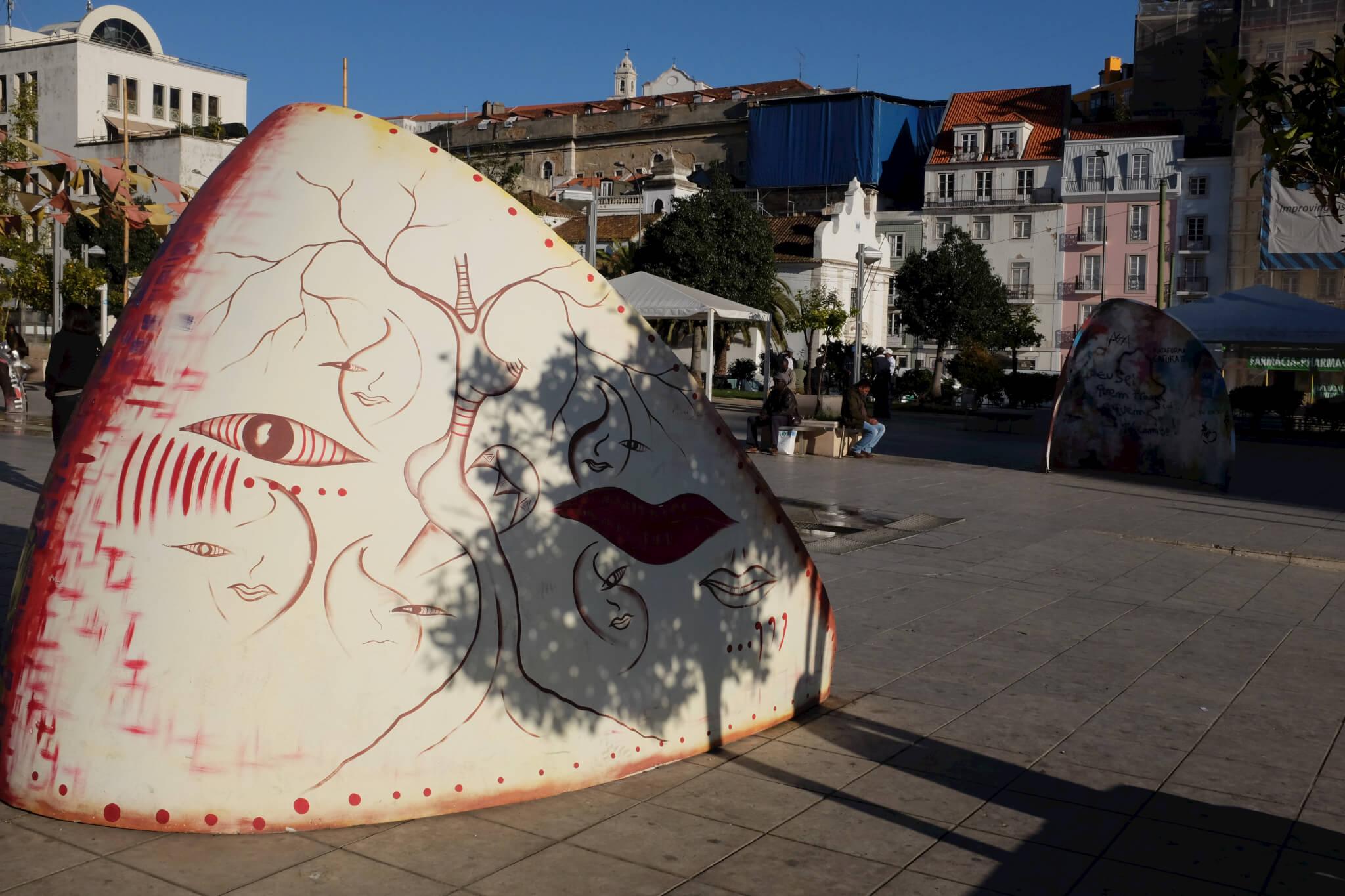 MartimMoniz_by_PetteriSulonen_Lisboa_DSCF1257_(11268763085)