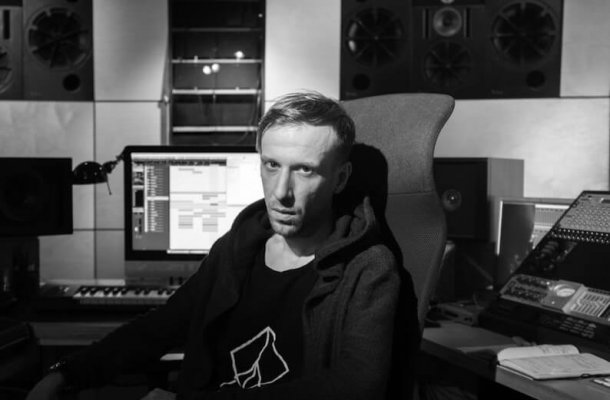 Ten Walls Interview
