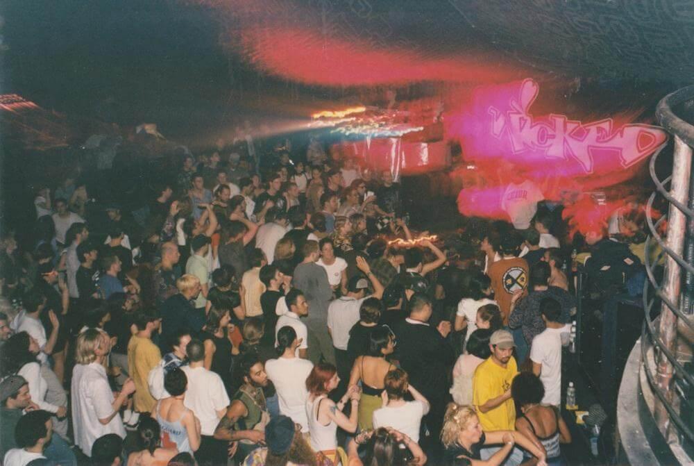 How British DJs Helped Birth '90s US Rave Culture – Telekom