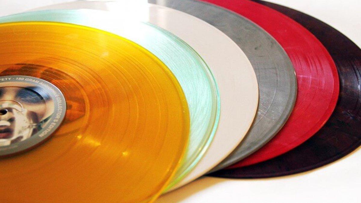 Let S Talk About The Bootleg Vinyl Epidemic Telekom