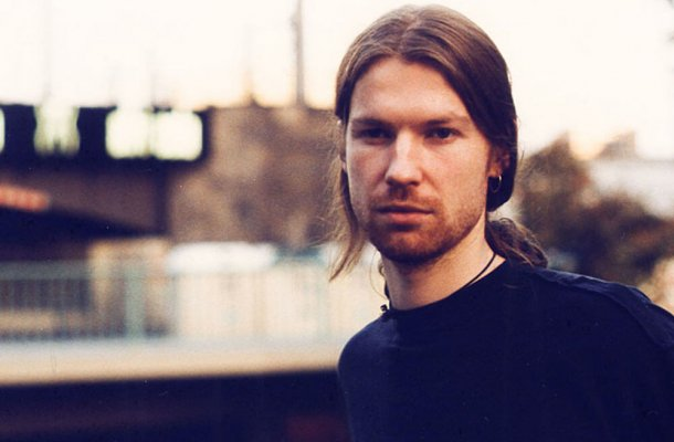 "This Lo-Fi Cover Of Aphex Twin's ""Alberto Balsam"" Might Be Better Than The Real Thing"