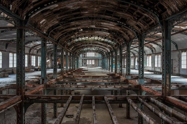 These Abandoned Factories Would Make Insane Techno Clubs
