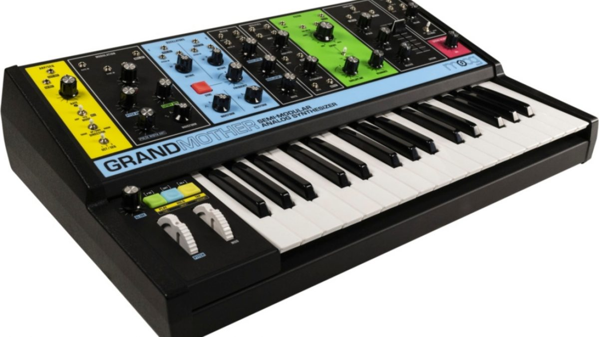 Moog New Analog Semi-Modular Synth 'Grandmother'