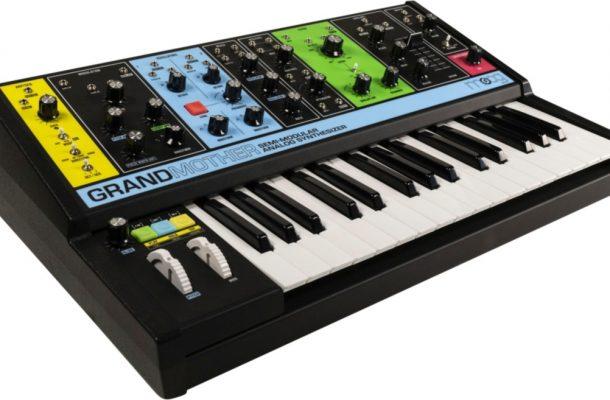 Moog New Analog Semi-Modular Synth 'Grandmother'