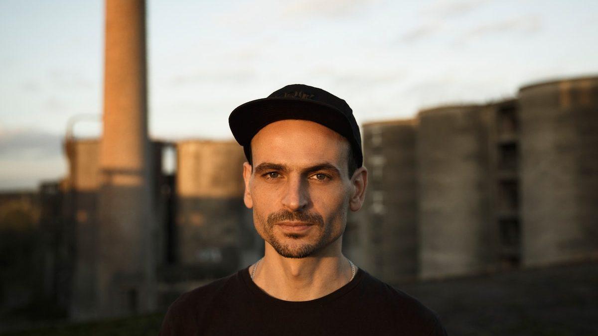 Sam Barker by Uli Kaufmann Duisburg