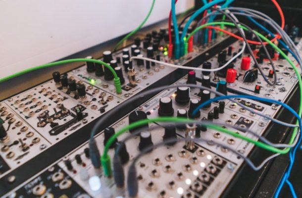 These 10 Incredible Live Modular Performances Will Have You Dreaming Of Wires