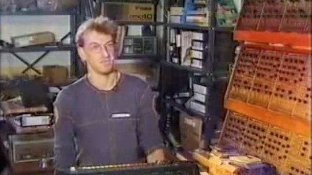 tr 808 roland synthesizer drum machine dance music