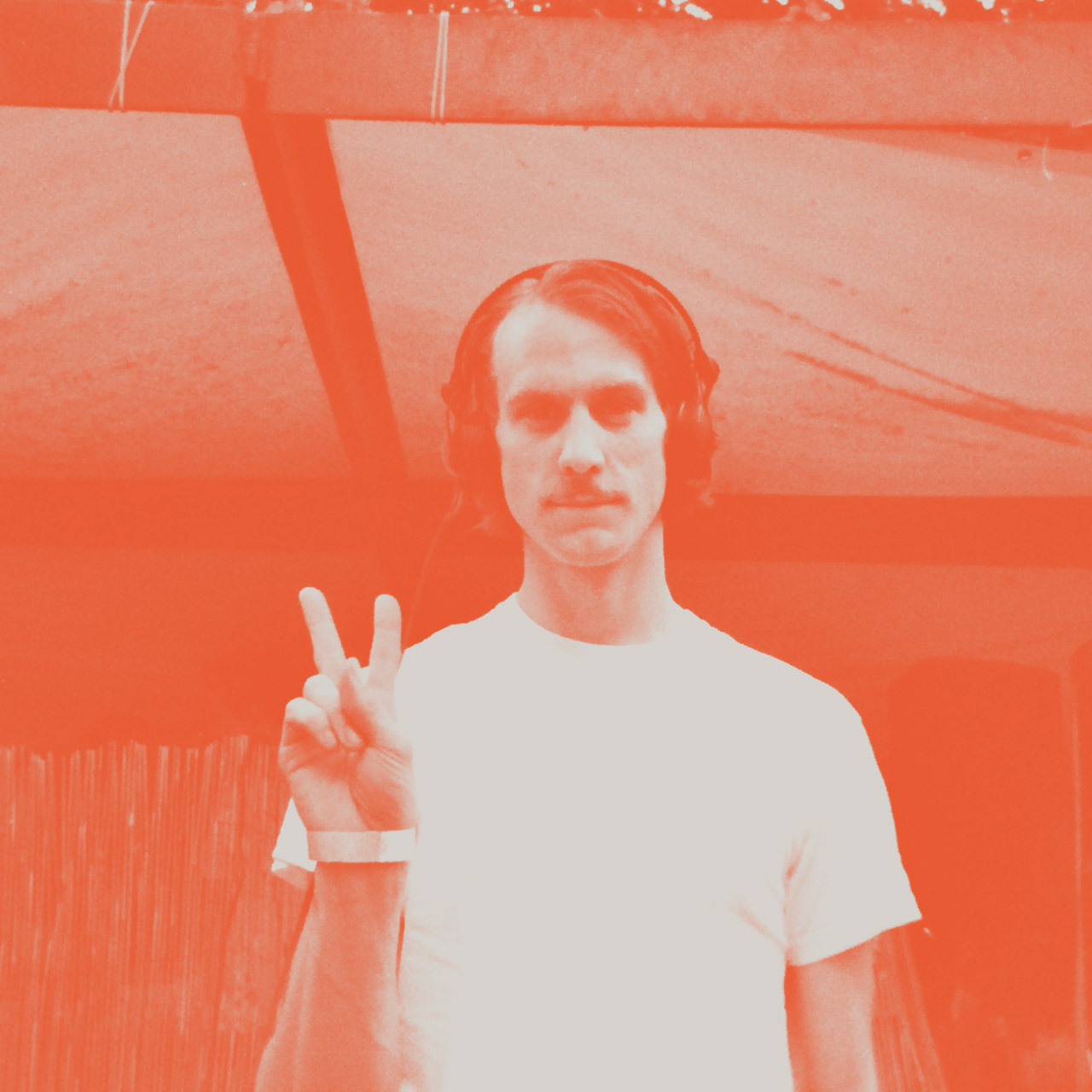 Hear A New Genre-Defying Mix Of Psychedelic Grooves From Salon Des Amateurs