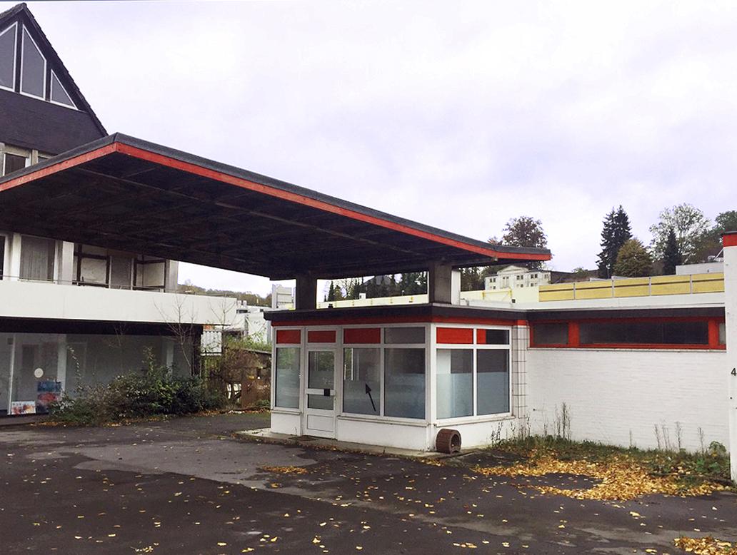 Happy Locals Tankstelle in Warstein, courtesy Annette Ochs