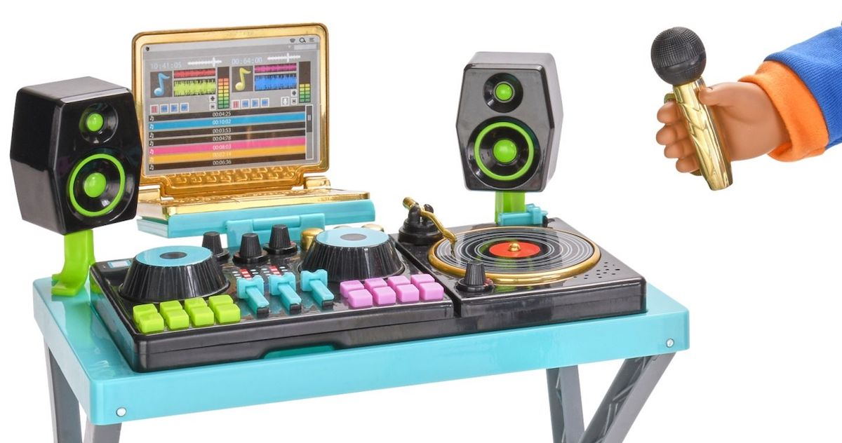 why can 39 t actual dj equipment look as cool as this child 39 s toy. Black Bedroom Furniture Sets. Home Design Ideas