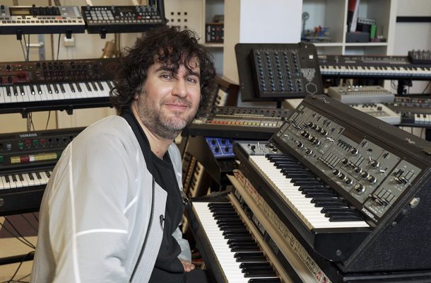 Mathew Jonson Presents His Synthesizer Favourites: Roland SH-5, Videostill