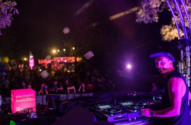 Citește un interviu exclusiv cu DJ Ethylen realizat la Awake 📷 Vlad Cupşa