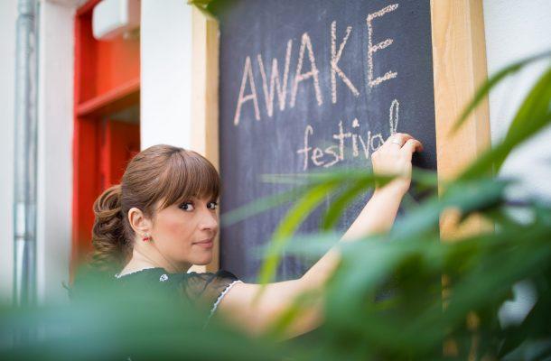 Citește un interviu exclusiv cu Laura Coroianu, organizatoarea și directoarea festivalului Awake photo © Cristian Vasile