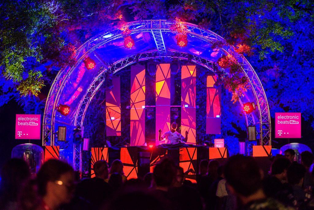 Vezi o galerie de imagini și câteva înregistrări video cu momente memorabile de la Awake Festival 📷 Vlad Cupşa