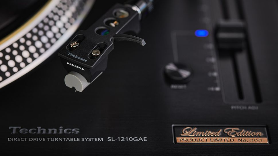 Technics SL-1210GAE